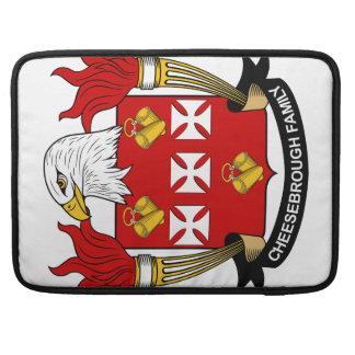 Escudo de la familia de Cheesebrough Fundas Macbook Pro