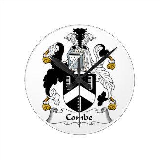 Escudo de la familia de Combe Reloj Redondo Mediano