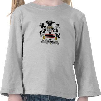 Escudo de la familia de Coonan Camiseta