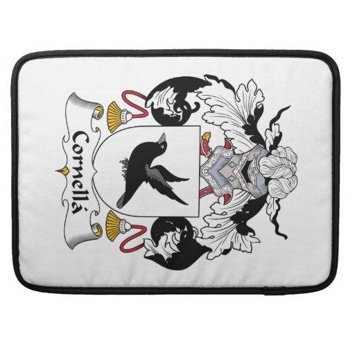 Escudo de la familia de Cornella Fundas Para Macbooks
