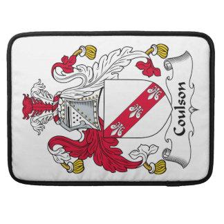 Escudo de la familia de Coulson Fundas Macbook Pro