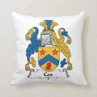 Escudo de la familia de cox cojines
