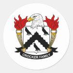 Escudo de la familia de Crocker Etiquetas Redondas