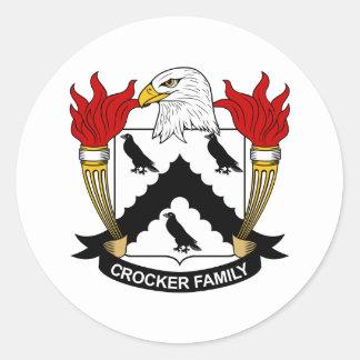 Escudo de la familia de Crocker Pegatina Redonda