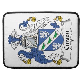 Escudo de la familia de Curson Fundas Para Macbook Pro