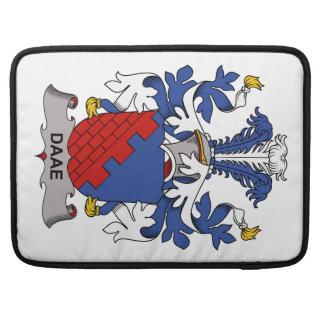 Escudo de la familia de Daae Fundas Para Macbooks
