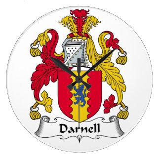Escudo de la familia de Darnell Relojes De Pared