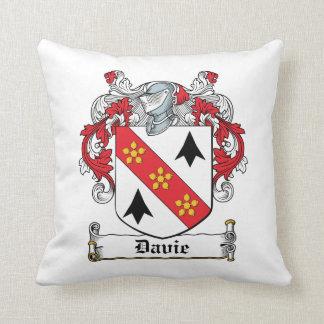 Escudo de la familia de Davie Almohada