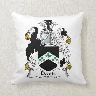 Escudo de la familia de Davis Almohada