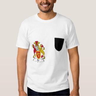 Escudo de la familia de Dee Camisas