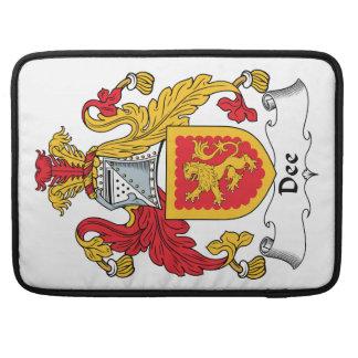 Escudo de la familia de Dee Funda Macbook Pro