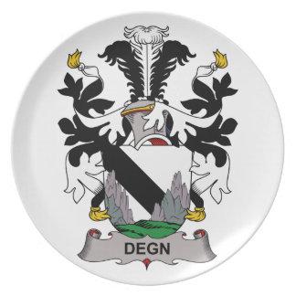 Escudo de la familia de Degn Platos
