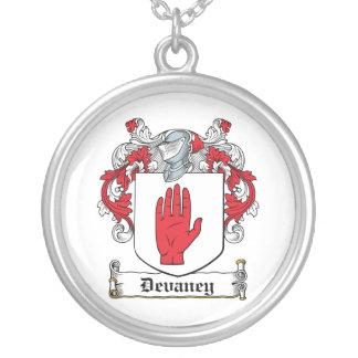 Escudo de la familia de Devaney Colgante Redondo