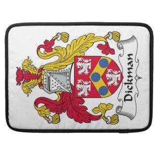 Escudo de la familia de Dickman Fundas Para Macbooks