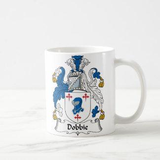 Escudo de la familia de Dobbie Taza Clásica