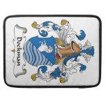 Escudo de la familia de Dockman Fundas Macbook Pro
