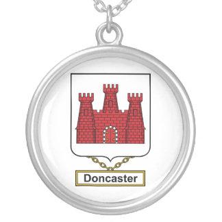 Escudo de la familia de Doncaster Colgante Redondo