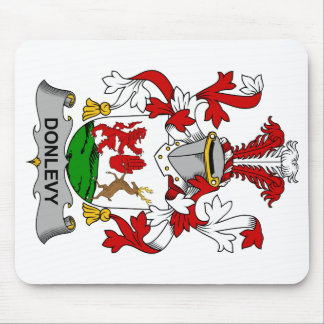 Escudo de la familia de Donlevy Mouse Pad