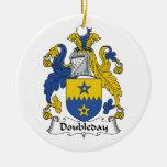 Escudo de la familia de Doubleday Ornamento De Reyes Magos