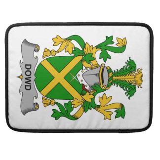 Escudo de la familia de Dowd Fundas Para Macbooks
