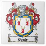Escudo de la familia de Doyle Azulejo Ceramica