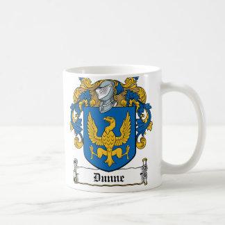 Escudo de la familia de Dunne Taza Clásica