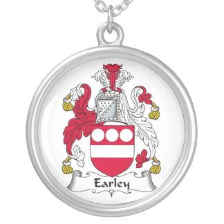 Escudo de la familia de Earley Colgante Redondo