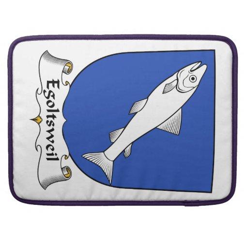 Escudo de la familia de Egoltsweil Funda Para Macbooks