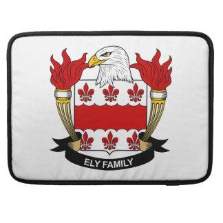 Escudo de la familia de Ely Funda Para Macbook Pro