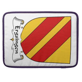 Escudo de la familia de Ergsingen Fundas Para Macbook Pro