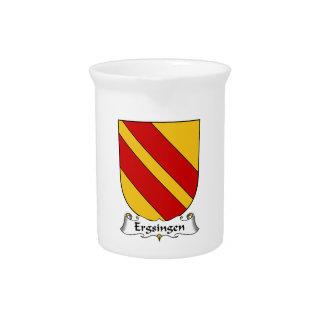 Escudo de la familia de Ergsingen Jarra Para Bebida
