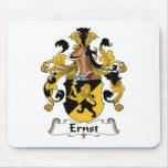 Escudo de la familia de Ernst Tapetes De Ratón