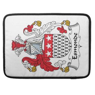 Escudo de la familia de Esmonde Funda Para Macbooks