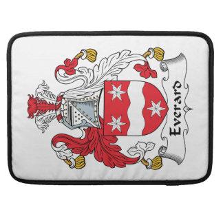 Escudo de la familia de Everard Fundas Para Macbooks