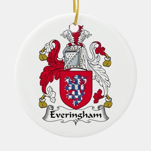 Escudo de la familia de Everingham Adorno Redondo De Cerámica