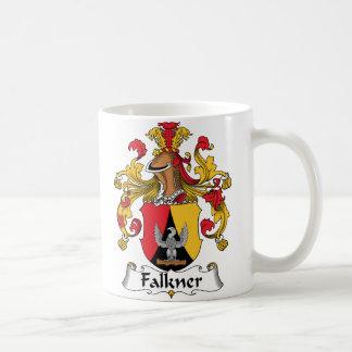 Escudo de la familia de Falkner Taza Básica Blanca