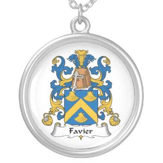 Escudo de la familia de Favier Colgante Redondo