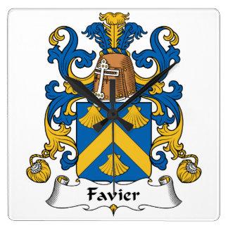 Escudo de la familia de Favier Reloj Cuadrado