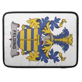 Escudo de la familia de Felding Fundas Para Macbooks