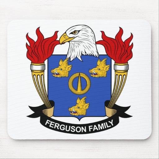 Escudo de la familia de Ferguson Alfombrillas De Ratones
