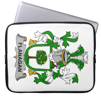 Escudo de la familia de Flanagan Fundas Portátiles
