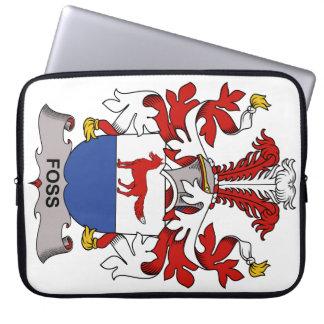 Escudo de la familia de Foss Fundas Portátiles