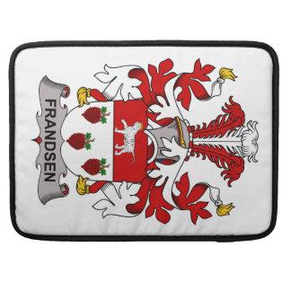 Escudo de la familia de Frandsen Funda Para Macbooks