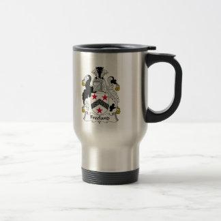 Escudo de la familia de Freeland Tazas De Café