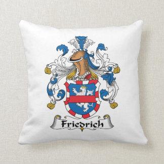 Escudo de la familia de Friedrich Almohada