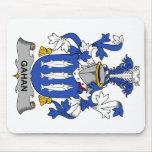 Escudo de la familia de Gahan Alfombrillas De Ratones
