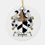 Escudo de la familia de Geisler Ornamento Para Arbol De Navidad