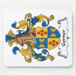 Escudo de la familia de Gerner Tapetes De Ratones