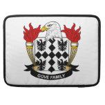 Escudo de la familia de Gove Fundas Para Macbooks