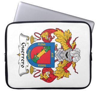 Escudo de la familia de Guerrero Funda Portátil